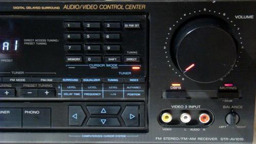 Sony STR-AV1010