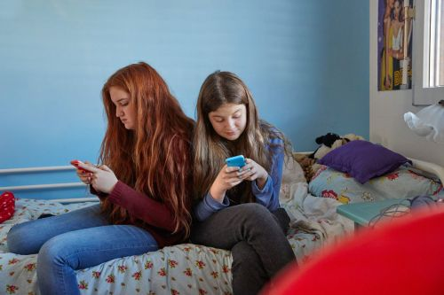 Denby - Decline of Teen Reading